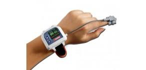 Professional wrist pulse oximeter